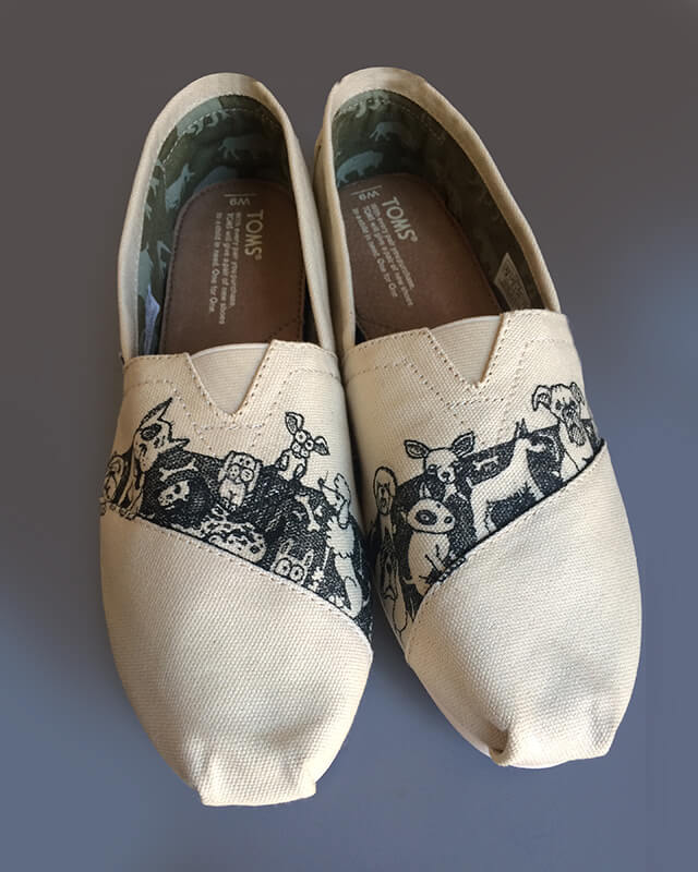 Toms Stands Diy Shoes Product Design Galia Design